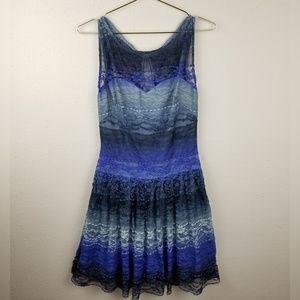 ⭐2/$10 Sale Betsey Johnson Lace Sweetheart Dress